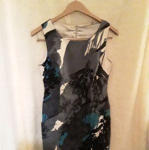 Size L Tahari dress